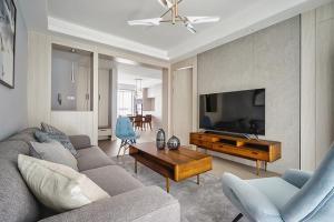 业主为父母买的102㎡新中式风二居室新房,一进屋让人极度舒适,太适合养老了!
